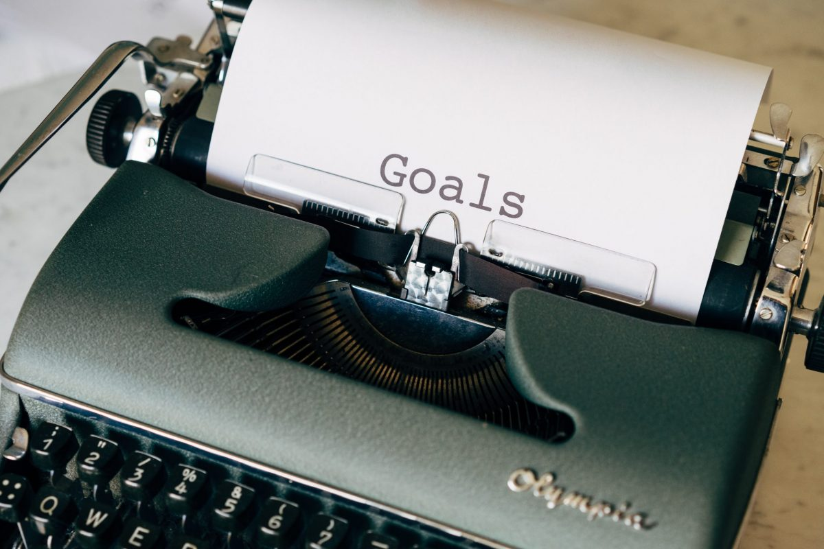 how to track new year goals