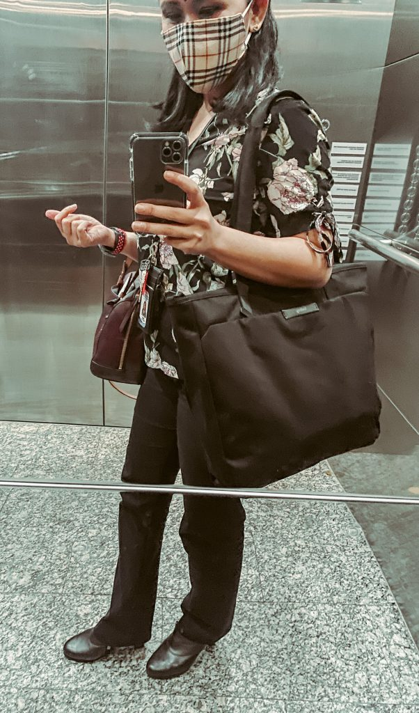 Bellroy tokyo tote bag for 5 feet 3 height